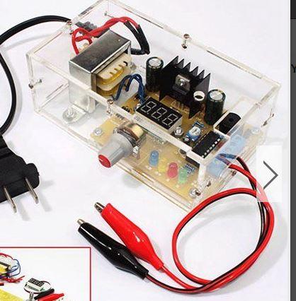 Een digitale voeding van 1,5-12 Volt te solderen vanaf losse onderdelen. Vervangt de dure batterijen.